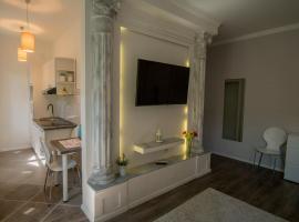 JR Luxury Guesthouse, hotel in Split