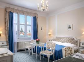 Ambassador Zlata Husa, hotel poblíž významného místa Týnský chrám, Praha
