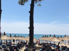 Inn Hotel, hotel in Durrës