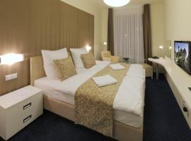 Esmarin wellness hotel, hotel poblíž významného místa Hrad Karlštejn, Mníšek pod Brdy