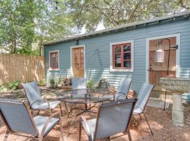 Oak Guesthouse & Backyard by Tulane, guest house in New Orleans