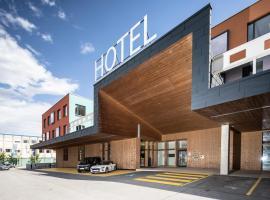 Hwest Hotel, Hotel in Hall in Tirol