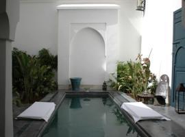 Dar Sekaya, villa in Marrakesh