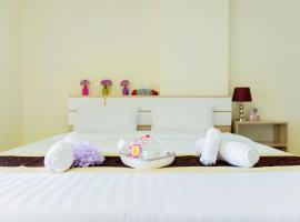Be My Guest Ratchada, hotel near Crystal Design Center, Bangkok
