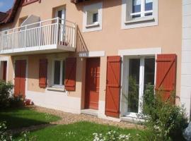Dives Sur Mer - Cottage 3 Pièces - Vue jardin, hotel in Dives-sur-Mer