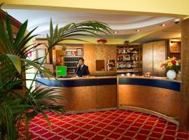 Hotel Cinque Giornate, hotel near San Babila Metro Station, Milan
