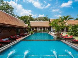 Legendha Sukhothai Hotel, hotel with pools in Sukhothai
