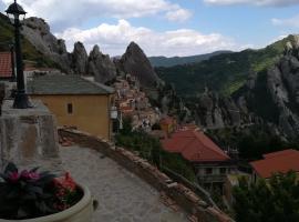 Al Balcone delle Dolomiti, hotel a Castelmezzano