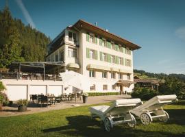 Sonnegg Hotel, hotel in Zweisimmen