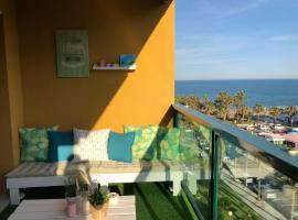 Luxury Apartment Bajondillo Beachfront, hotell nära Calle San Miguel, Torremolinos