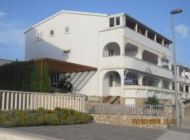Apartments Loncar-near Zrće beach, self catering accommodation in Novalja
