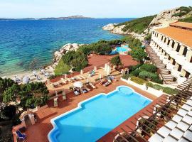 Grand Hotel Smeraldo Beach, hotel in Baja Sardinia