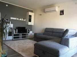 Apartments with a parking space Drasnice, Makarska - 15492, hotel in Drasnice