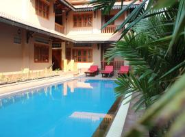 Shining Angkor Apartment Hotel, apartment in Siem Reap
