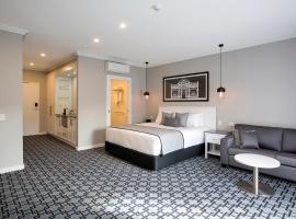 CH Boutique Hotel, hotel in Tamworth