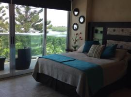 Cozy and Modern, hotel near Cancun Convention Center, Cancún