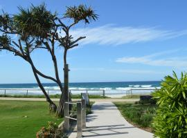Sanctuary Beach Resort, hotel near Currumbin Wildlife Sanctuary, Gold Coast