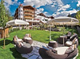 Hotel Al Sonnenhof, מלון בסן ויג'יליו די מרבה