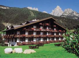 Hotel Anda, hotel in Pozza di Fassa