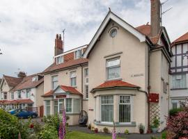 Rosaire Guest House, guest house in Llandudno