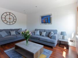 Leys Park Executive Apartments, self catering accommodation in Dunfermline