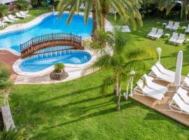 Mònica Hotel, hotel a prop de PortAventura, a Cambrils