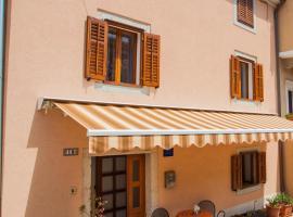 Apartment Rialto, hotel in Cres