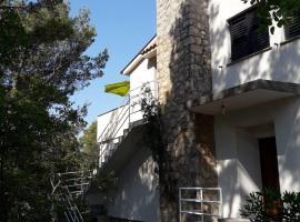 Apartment Fera, apartment in Seline