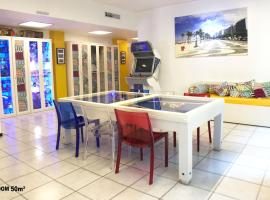 Duomo Luxury House 9 Pax, holiday home in Milan