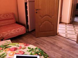 Два домика для отдыха, holiday home in Yeysk