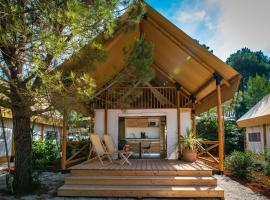 Arena One 99 Glamping, luxury tent in Pula