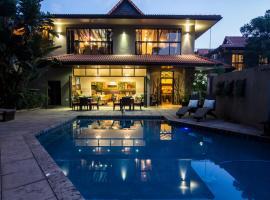 Cowrie Cove Guest House, hotel near La Lucia Mall, Durban