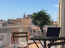 Spacious&Cosy Vilanova apt close to BCN and Sitges, hotel in Vilanova i la Geltrú