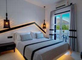 Divelia Hotel, B&B in Perissa