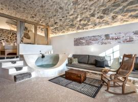 Canava Villas #1 in Santorini, hotel in Emporio Santorini
