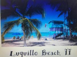 Luquillo Beach Vacation, villa in Luquillo
