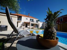 Villa Korona Apartments, three-star hotel in Zadar