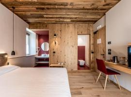 Good Life Hotel Garden, Hotel in Ledro