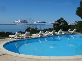 Azur Hotel, hotel in Le Lavandou