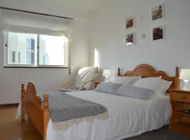 Apartamento Norton de Matos, hotel in Póvoa de Varzim