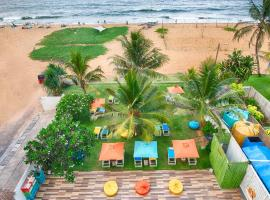 Hotel J Negombo, hotel in Negombo