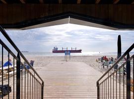 Beachrooms Pier 7, self catering accommodation in Vlissingen