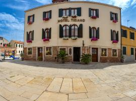 Hotel Tiziano, hotel in Venice