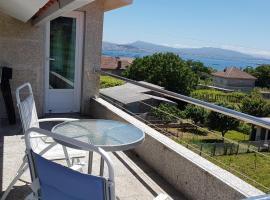 Apartamento con estupendas vistas, hotel cerca de Club de golf Ría de Vigo, Moaña