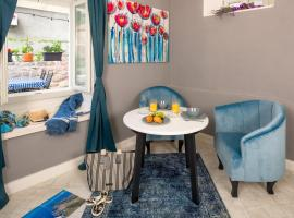 Kampanel 10, self catering accommodation in Hvar