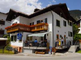 Meuble Bar Giustina, hotel in Auronzo di Cadore