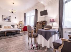 Chic Appart, hotel in Tourcoing