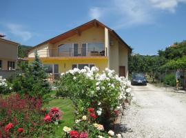 Трите кладенеца, къща за гости във Варна