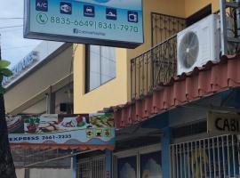 Cabinas Yolymar, hotel in Puntarenas