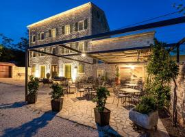 Relais and Wine San Tommaso, luxury hotel in Bale